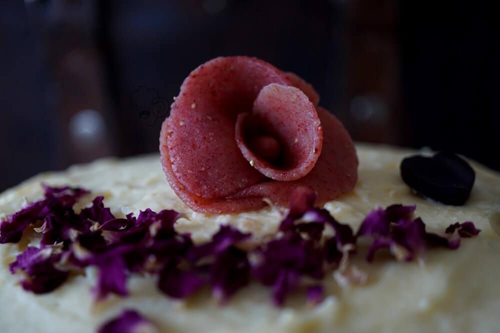 Read more about the article Erdbeer-Rosen-Torte – Heute vor 6 Jahren…