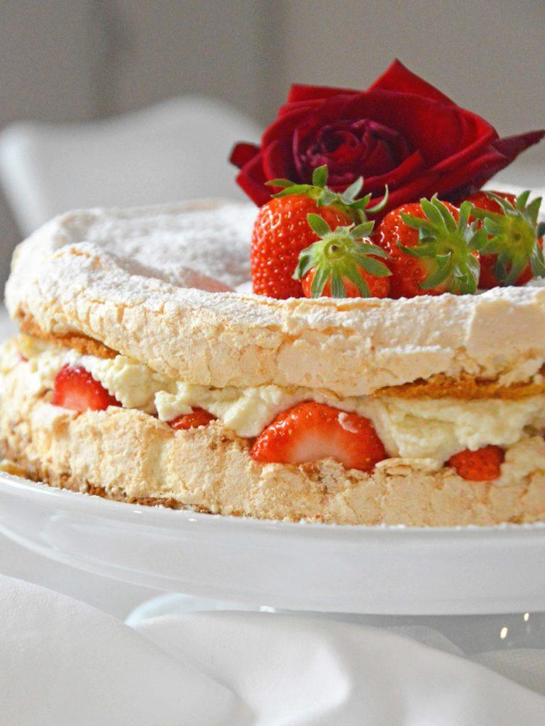 erdbeer baiser torte sistereckblog