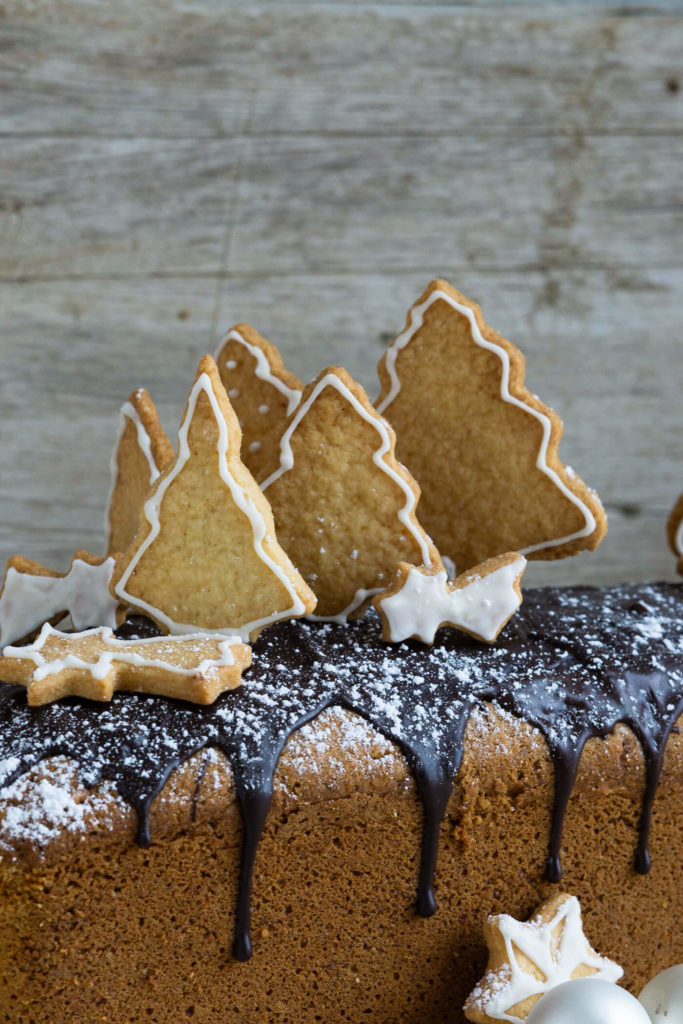 Spekulatius Kuchen mit Nüssen