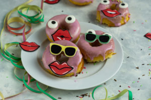 Donuts aus Biskuit