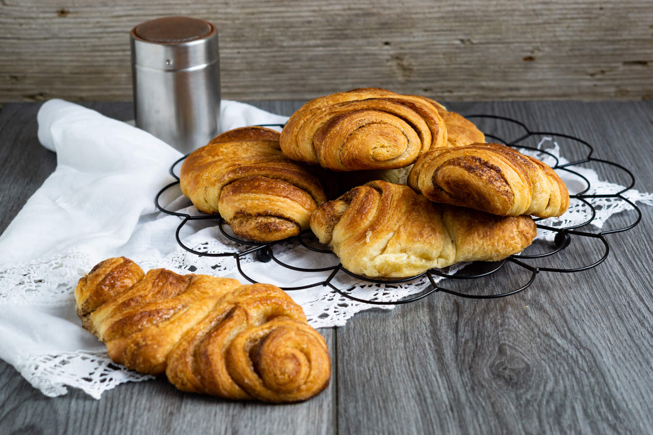Read more about the article Dinkel Franzbrötchen