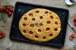 Read more about the article Focaccia mit Tomaten
