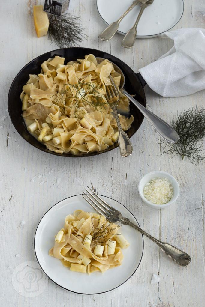 Pastagericht - vegetarische Spargel Carbonara, Rezept für cremige Spaghetti Carbonara. Küchentraum & Purzelbaum   #pasta   #spargel