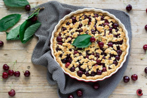 Read more about the article Kirschtarte mit Streuseln