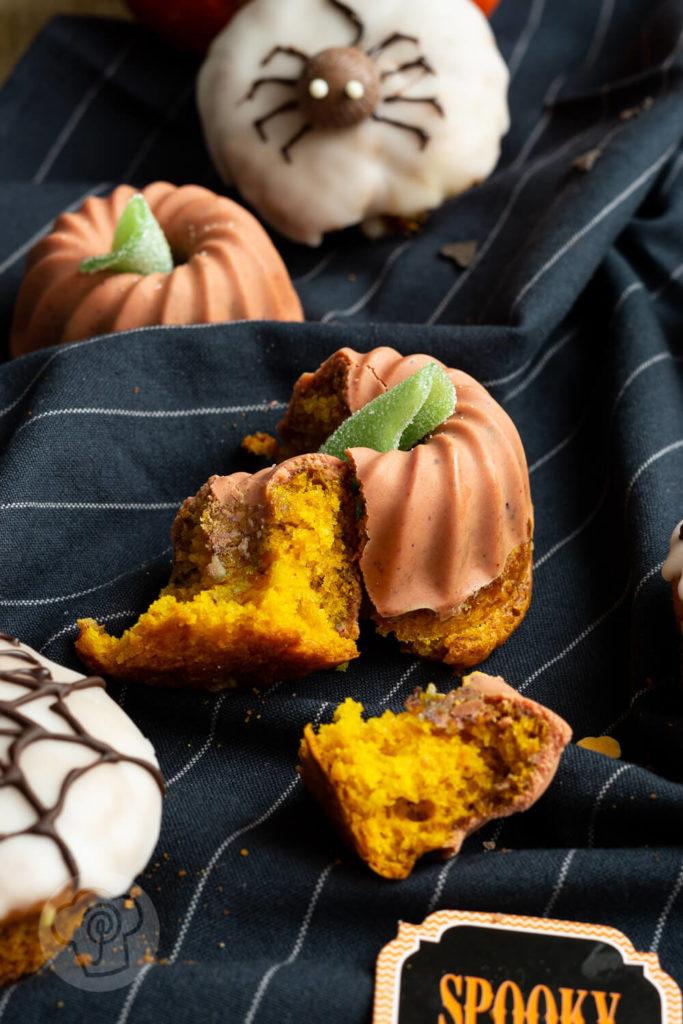 Saftige Kürbis Muffins für Halloween