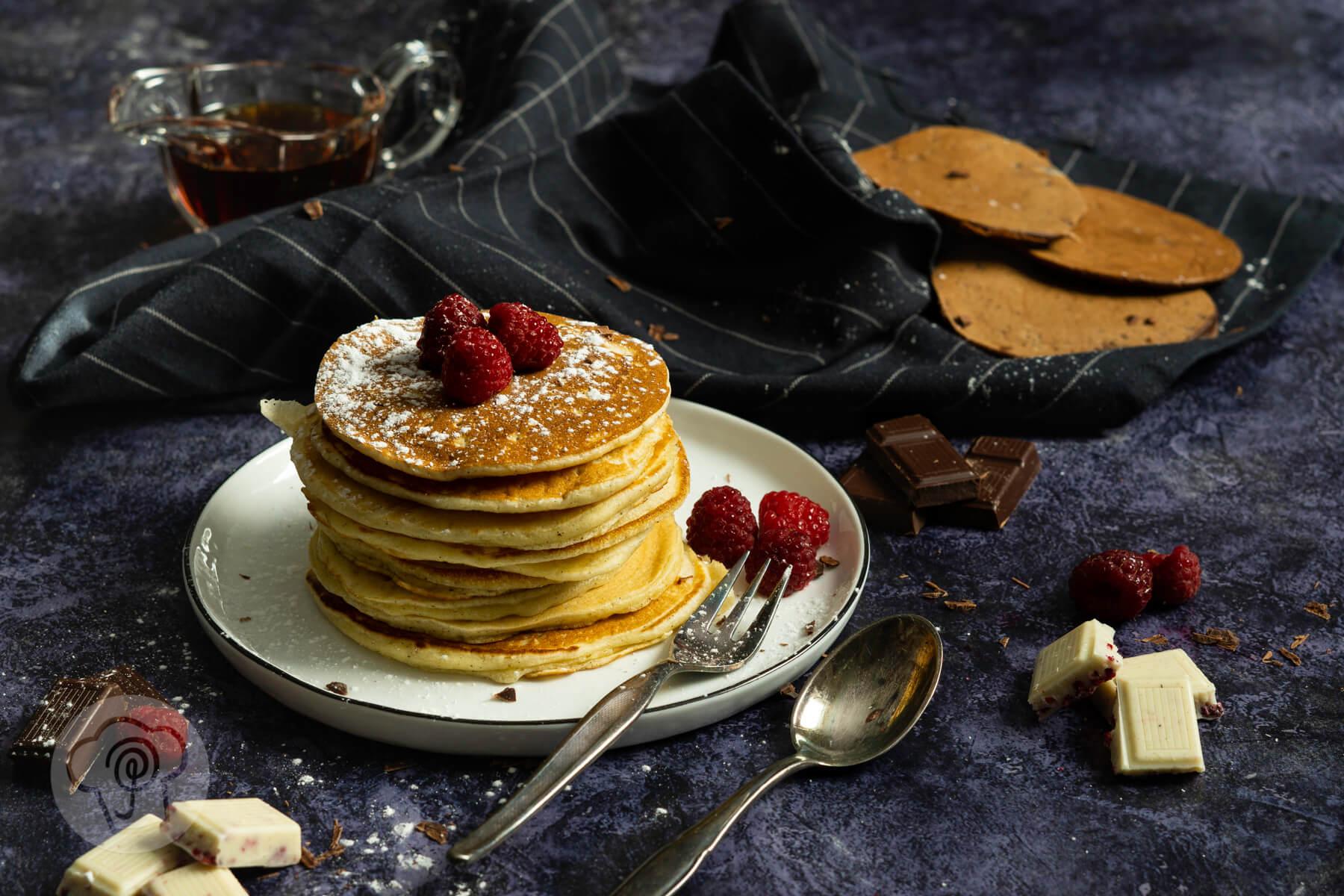 Einfache Pancakes mit Schokolade