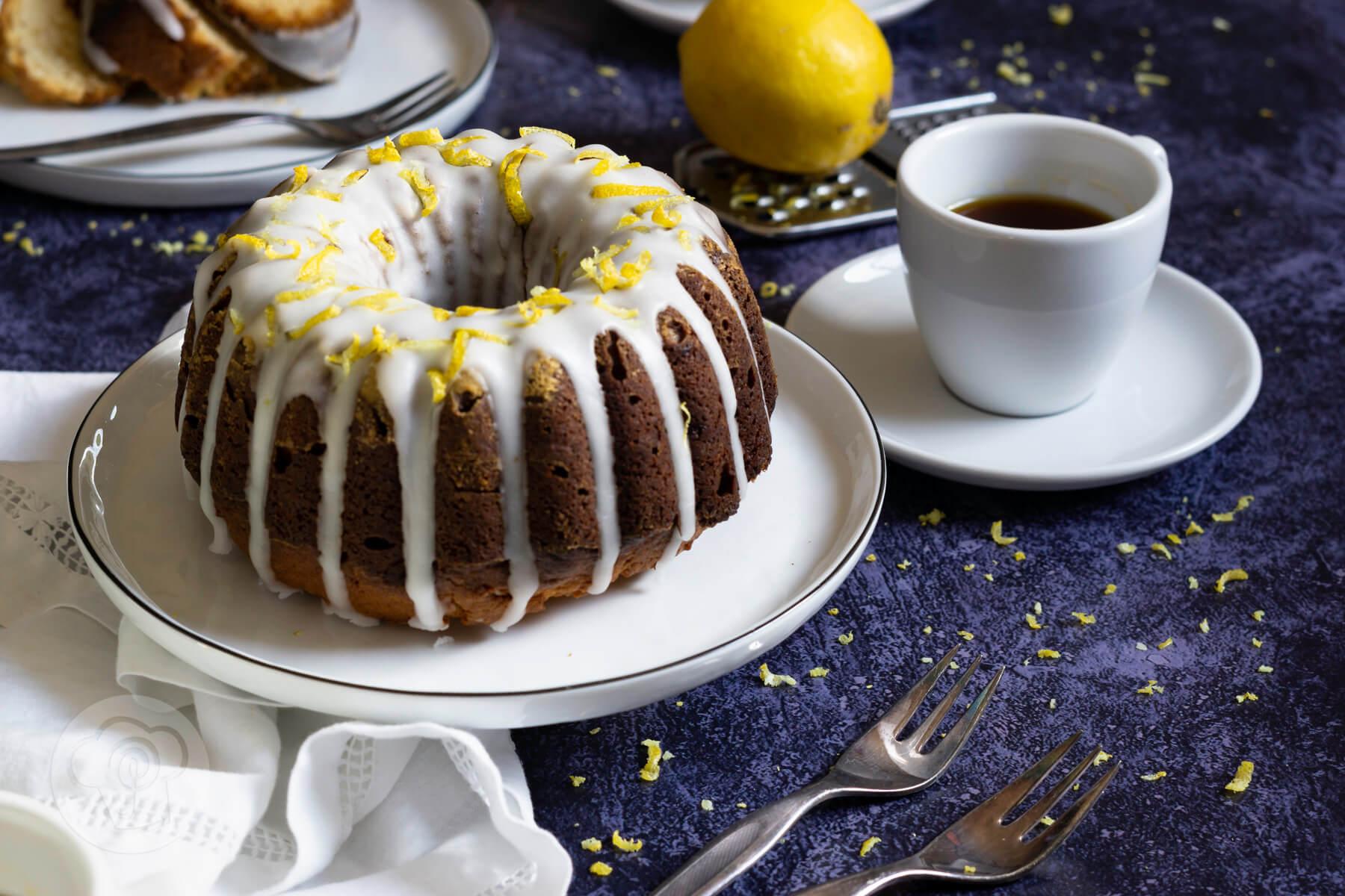 Lemon Curd Gugelhupf