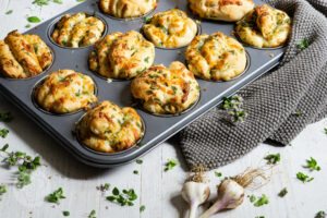 Read more about the article Kräuter Zupfbrot Muffins