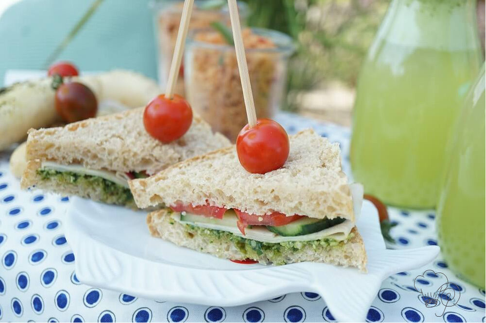 Read more about the article Picknick – eine sommerliche Landpartie